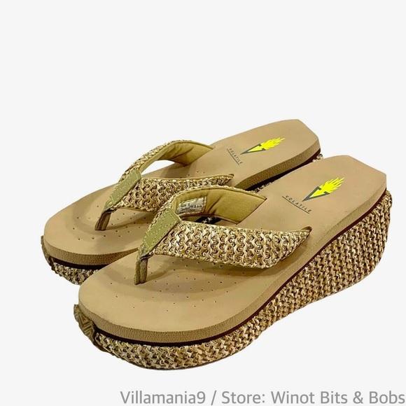 Volatile SZ 6 Island Platform Thong Sandal Women's